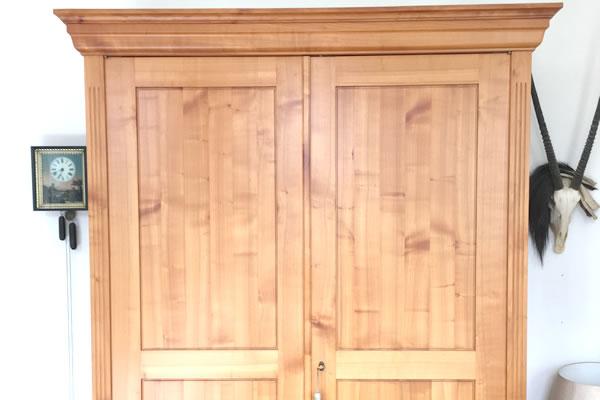 Wohnzimmerschrank massiv aus Buche ::Schreinerwerkstatt Seeger